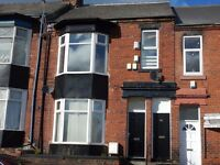 GOOD VALUE!, NO BOND*, DSS ACCEPTED! TIDY 2 bed upper flat, Hudson Road, Hendon, Sunderland, SR1 2LJ