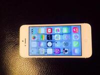 I PHONE 5 in working order with charger,ear phones and on ee network