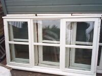 SELECTION OF USED DOUBLE GLAZED WINDOWS WITH OPENING WINDOWS AND LOCK 3 DIFFERENT SIZES
