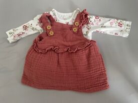 Baby clothes 0-3m