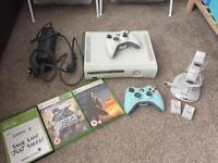 Xbox 360, Controllers, 3 Games