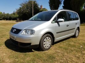 Volkswagen Touran 5 seater 1.6fsi petrol 2004 VGC Well looked after with FSH.