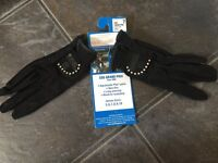 Horse riding gloves show diamanté