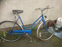 PUCH LADIES ROAD BIKE,, 21 INCH FRAME, 26 INCH WHEEL'S, 3 GEARS, GOOD TO GO