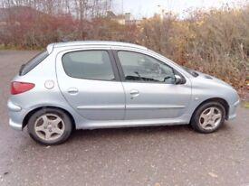 Peugeot 206 Verve 1.4 petrol (2005) - for spares or repairs