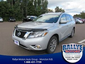 2014 Nissan Pathfinder SV! AWD! Alloy! ONLY 61K! Trade-In!
