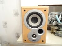 I am selling a lovely pair of denon desktop speakers, They are really nice and in great order