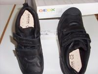 *NEW* GEOX 'Savage' leather Boys shoes size 3/36.