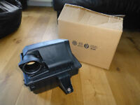 VW T4 Transporter/Caravelle/Multivan 2.5L Diesel New Airfilter Box and Filter complete assembly