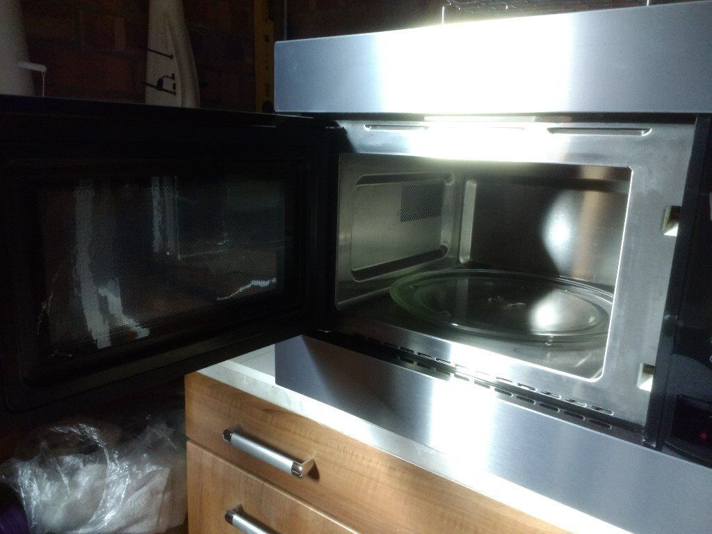 ZANUSSI INTEGRATED MICROWAVE OVEN