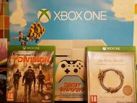 Xbox One 500G with 2 Games