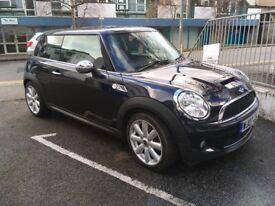 Mini Cooper S - Black - Excellent Condition