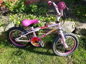 apollo roxy 16 inch wheel girls bike needs inner tube hence price