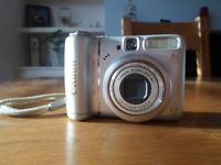 Canon PowerShot A580 Compact Digital Camera including instruction booklet, memory card & cables.