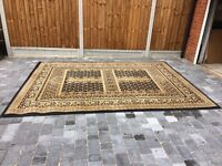 English Manor-Turkish Rug-2.40m x 3.30m-Excellent condition Gold and Black