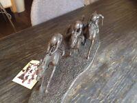 Blanket Finish no 431 Sculpture - three horses