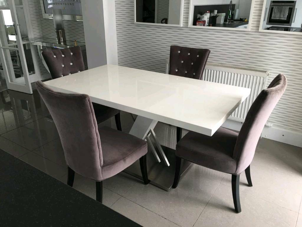 White High Gloss Dining Table With 4 Chairs