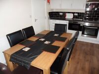 Lovely Double Rooms in Shared 6 Bedroomed House in Malvern Road, Kensington