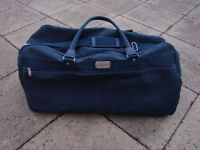 Large Equator holdall and matching vanity case/bag