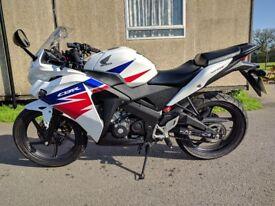 Honda CBR125R - 3840 miles - 2014 - great condition