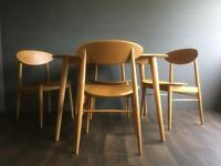 Solid Oak Mid Century Retro Style Round Dining Table and Chairs. Delivery possible. SOLD