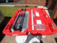 Rubi TX700N tile cutter and table