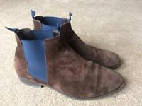 Men's brown and blue Chelsea boots size 10