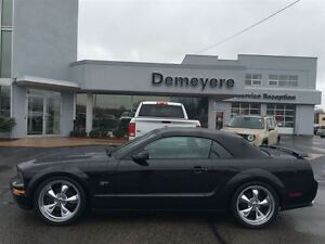 2007 Ford Mustang GT 5- SPEED LEATHER