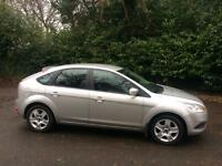 Ford Focus Style 100 comes with reg late 2009 comes with service history 12 months mot