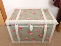 Vintage style shabby chic blanket box / trunk / ottoman with green pink red rose fabric print