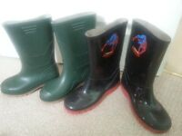 BOYS WELLIES: Size 1 & 2