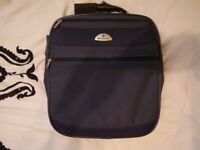 Immaculate Samsonite Carry/Over-shoulder Laptop Bag