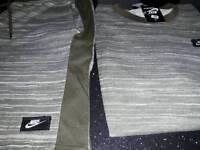 Nike 2pc mens TRACKSUITS size xlarge