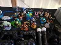 PS3 bundle - skylanders - Disney infinity - singstar