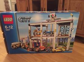 Lego garage 4207