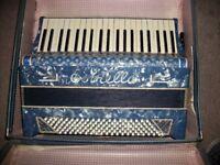 120 Bass, Estrella Piano accordion