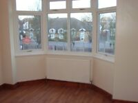 Large Double Room to Rent in shared house Very Nice & Clean newly decoratedn Near Ponders End,EN3