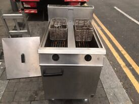 GAS TWIN TANK FRYER CATERING COMMERCIAL FAST FOOD CAFE KEBAB CHICKEN RESTAURANT TAKE AWAY KITCHEN