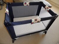 As New Travel Cot
