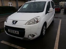 Rear wheelchair access, MOT, Excellent runner in great condition.