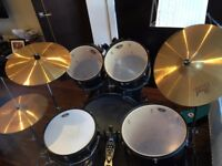Pearl Forum 7 Piece Drum Kit - Hardly Used