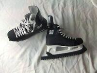Black Ice Hockey Boots - adult size 7 (EU size 41) Make: Champion 90