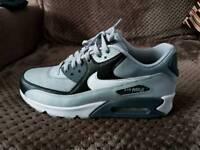Nike Air Max 8.5