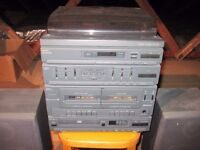 Sanyo CD Stereo System + loudspeakers & stands