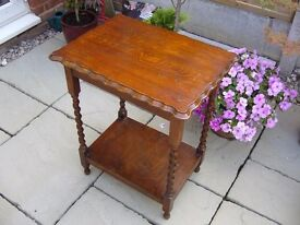 Vintage mahogany pie crust edge occasional table with barley sugar shaped legs / Used