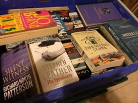 mixed lot of books. Over 200.