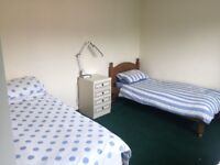 2no. single and 2no. double rooms for rent in Headington, Oxford.