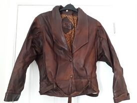 VINTAGE BROWN LEATHER LADIES JACKET SIZE 12-14