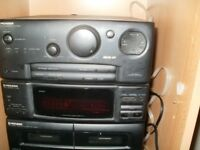 PIONEER STEREO TWO PIECE DEC CD TAPE AND RADIO STACK WITH 2 SPEAKERS