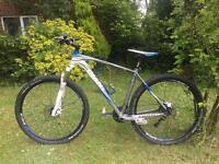 Giant talon 29er mountain bike